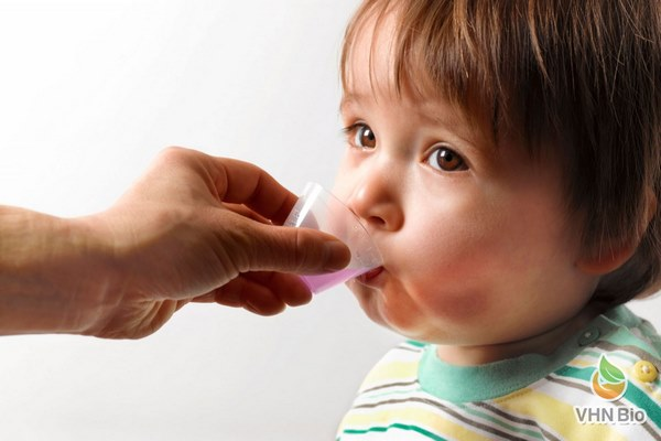 có nên cho trẻ uống tăng sức đề kháng